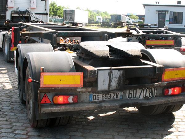 bi-train-locarem-a-vendre-chassis-porte-conteneur